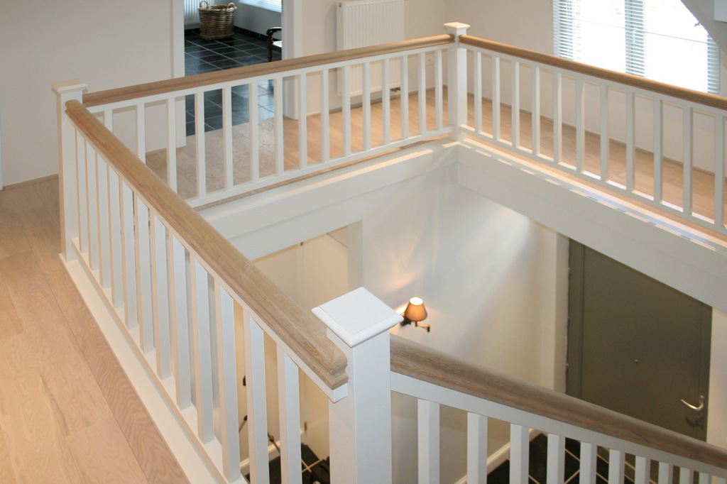 Balustrade in hout new signature for Balustrade trap