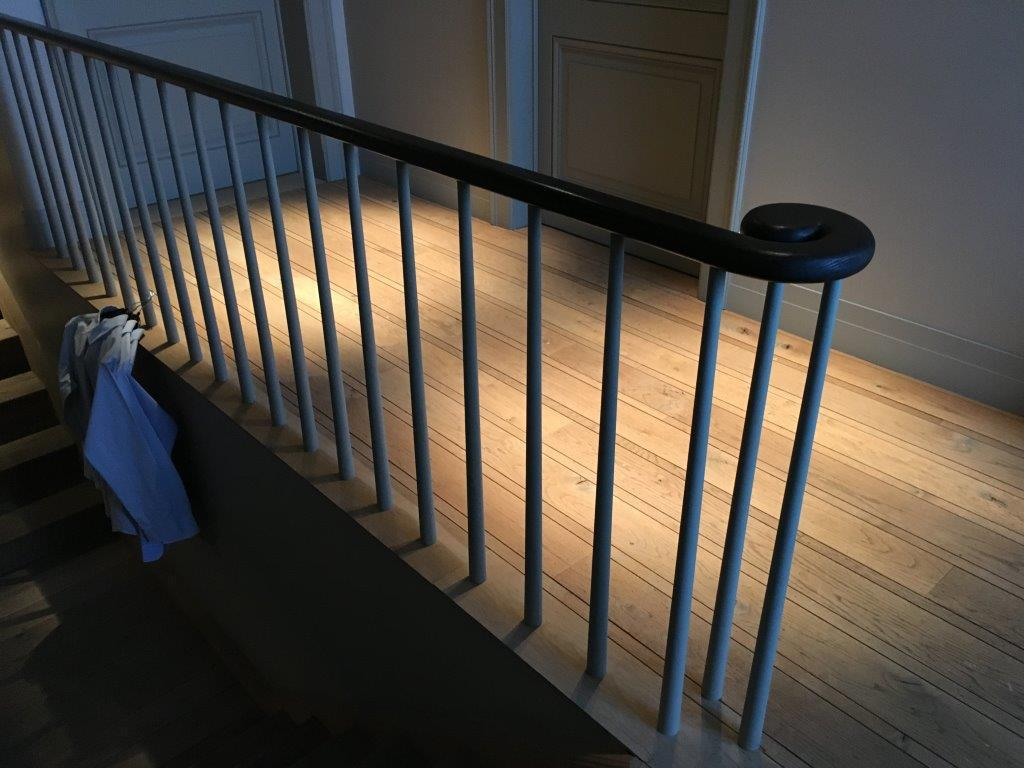 Trappen landhuis stijl new signature - Balustrade trap ...