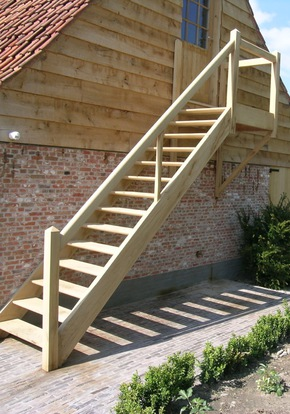 Trappen in hout voor elk budget new signature for Steektrap hout